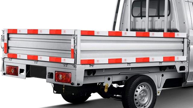 货车为什么要贴红白色反光贴-检车知识【昆山玉寰】
