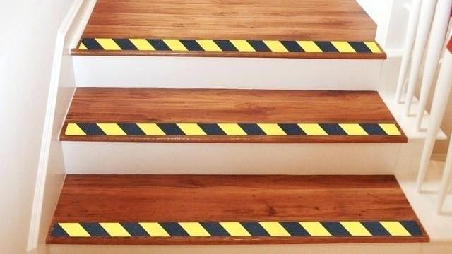 楼梯警示防滑胶带,源头厂家直购