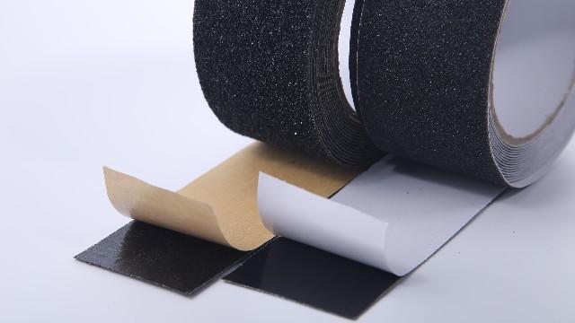防滑胶带的重要组成是什么?-不同尺寸定制【昆山玉寰】