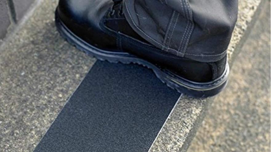 楼梯可以使用的铝箔防滑胶带【昆山玉寰】
