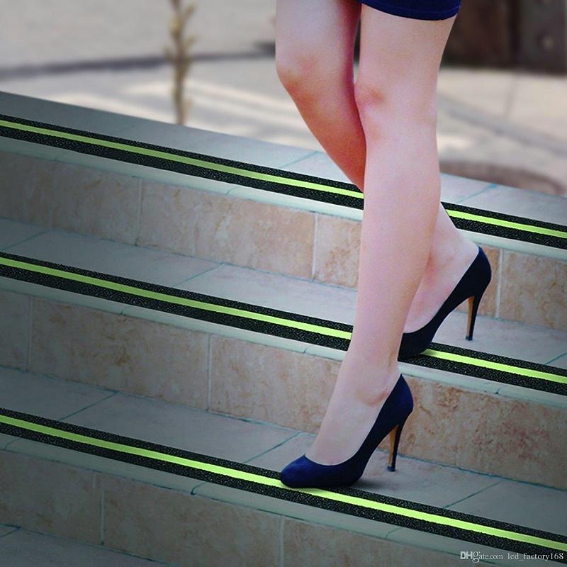 楼梯踏步防滑夜光贴