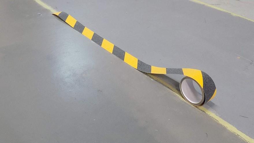 厂家用四部曲教会你,防滑胶带的使用方法!